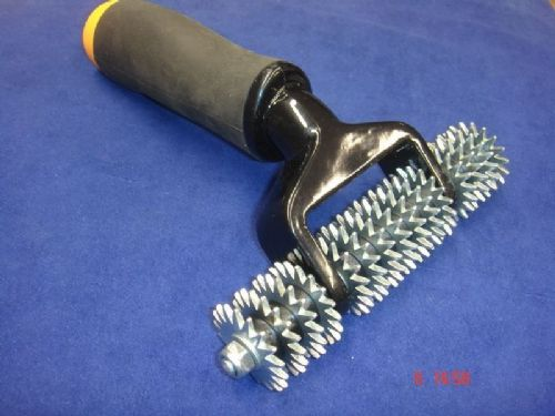 Spiked Carpet Heat Seam Roller Straight Axle Star Wheel Rubber Handle Grip
